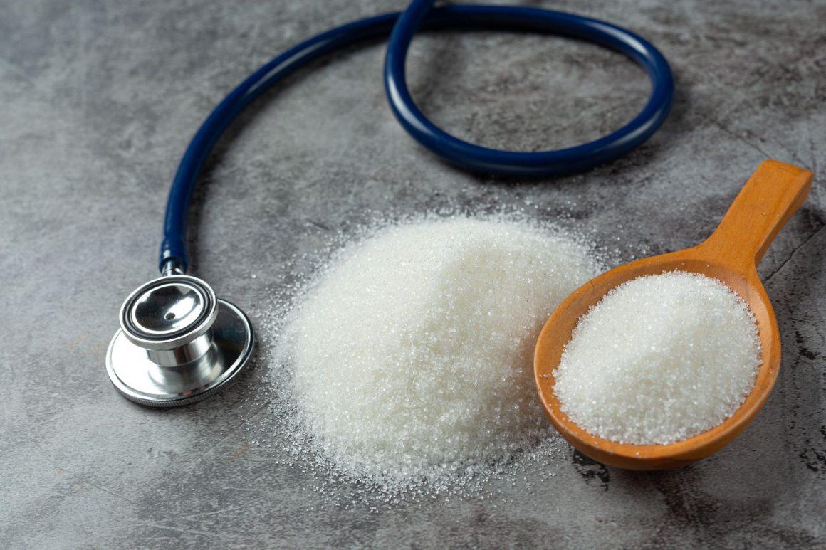 Evitar a ingestão de açúcares industrializados e exames de rotina são necessários para controle. - Foto: Divulgação