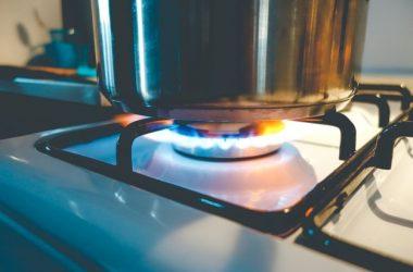 Petrobras anuncia aumento médio de R$ 0,19 por kg em gás de cozinha